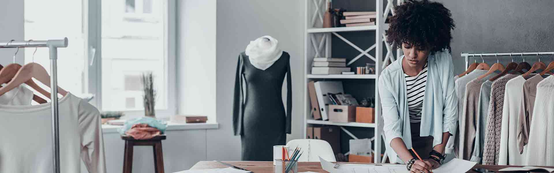 Intelligent Fashion: How Technology has Infiltrated the Runways and our Closets